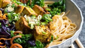 Kale Stir-Fry with Crispy Curried Tofu