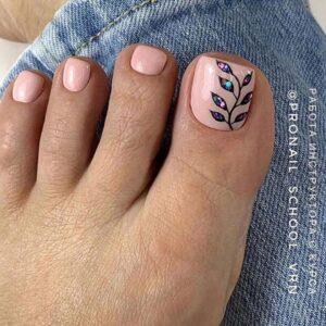 Botanical nail art