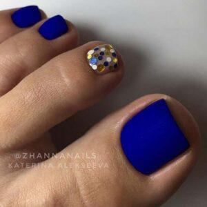 Bold matte nail art