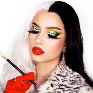 The Cruella De Vil look